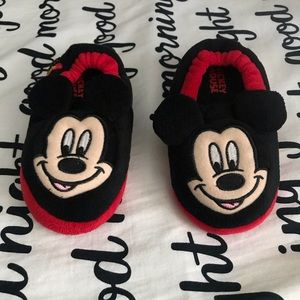 Mickey Mouse toddler slippers size 11-12